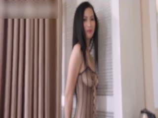 洋老外米糕新作品胡志明酒店约炮性感苗条的小妖精穿着网状内衣草