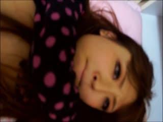 粉红小穴的妹子被插的痛哭流涕让人怜惜