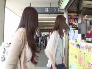 椎名ゆなと桜井あゆの旅ビアン