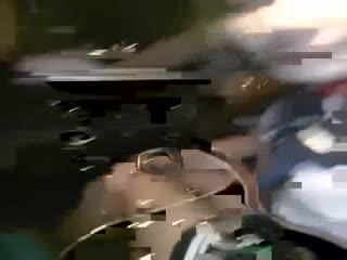 【车震】高级酒店搭讪95年白嫩性感大堂经理,操完一次妹子自己用道具玩,对着镜子又狠操一次,高清版!