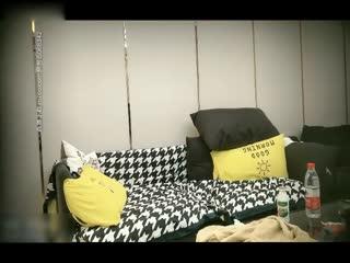极品00后小萝莉奶声奶气苗条清新沙发啪啪激情无限