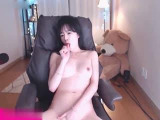 『少女时代』女神『泰妍』性爱换装 爆操淫浪女神