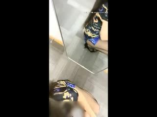美臀骚女旗袍黑丝高跟鞋啪啪诱惑开档丝袜翘屁股手指扣弄