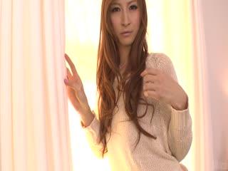 Reira Aisaki 给亚洲打击工和从后面就没用了。...