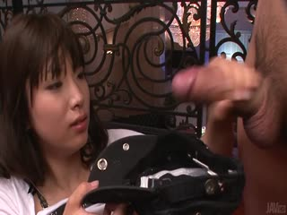 阳平橘 热的亚洲女孩吸吮公鸡