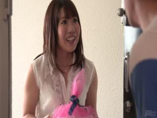 Yui 樱花提供日本口性行为前...