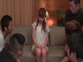 三人行沿热日本女在加热安娜安城-shu姆系列...