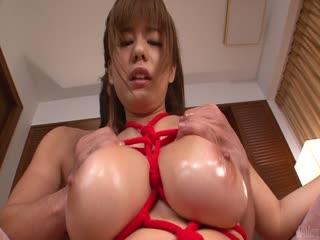 Airu 大岛喜欢让她油性的身体按摩-shu姆系列...
