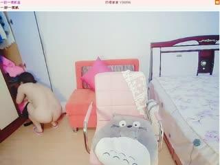 高颜值气质美女奶糖宝宝穿着性感黑丝和狼友走私掰开粉红的小穴很有撸点