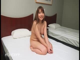萌萌少妻 ~搭上丰满系人妻~ 岛崎加菜