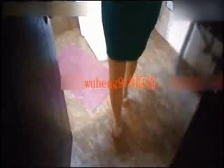 性感小骚货,混熟后带到酒店啪啪时才发现平时穿工作服一本正经的原来里面竟然没穿内裤!淫语对白...