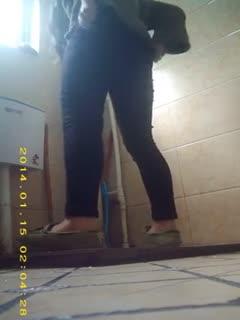 [厕所偷拍]偷拍系列3 学生妹子果然青春靓丽