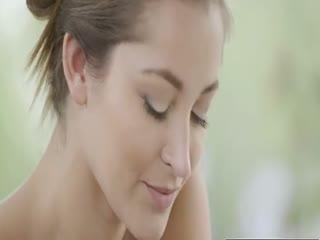 【透明黑丝】美女的全套大保健服务让人太舒服超享受