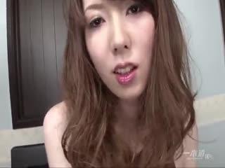 【一本道】高清无码被男友深入的小萝莉完整版...