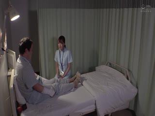 DOCP-216 「スッゴイ我慢汁◆」淫乱看護師が深夜の童貞狩り! 雄臭い童貞チ●ポに我慢できず、自ら白衣をまくし上げ
