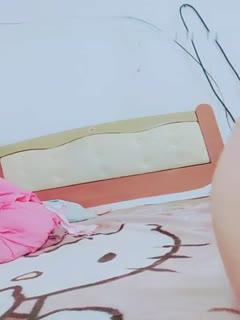 【国产】破处女呀 一对儿情侣啪啪大秀 啪啪自慰 很是淫荡_44721477...